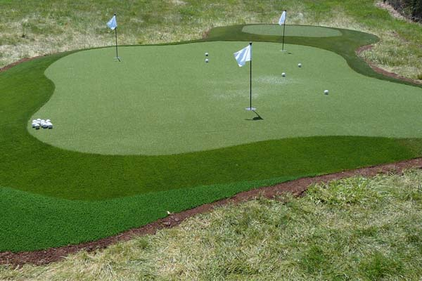 Missouri SYNLawn putting green system in three different artificial turf colors