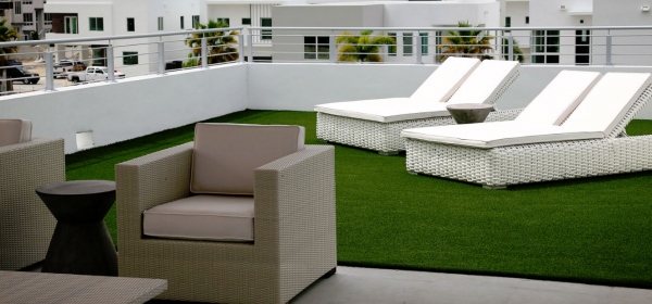 Benefits of Installing Turf on Your Roof or Deck